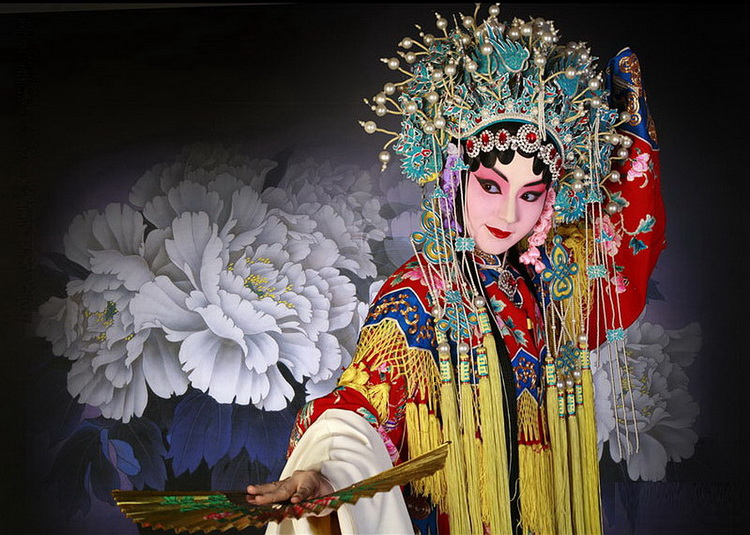 the history of beijing opera why has this art lost its audiences Peking opera, or beijing art form with a long history, peking opera has indeed been studied to bring traditional peking opera to new audiences.