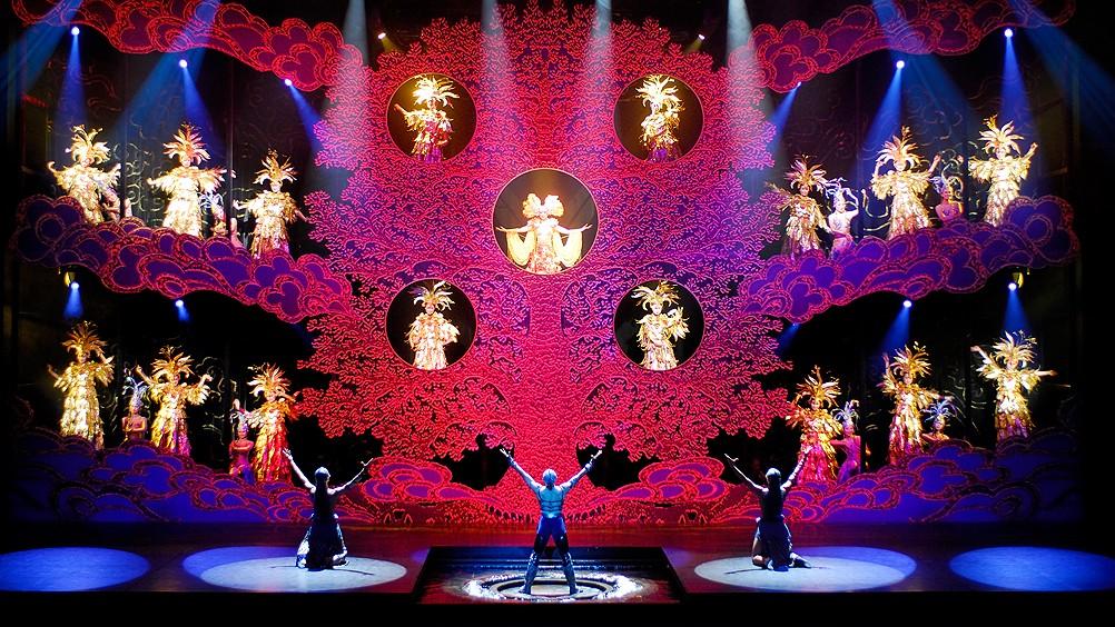 Шоу золотых масок пекин