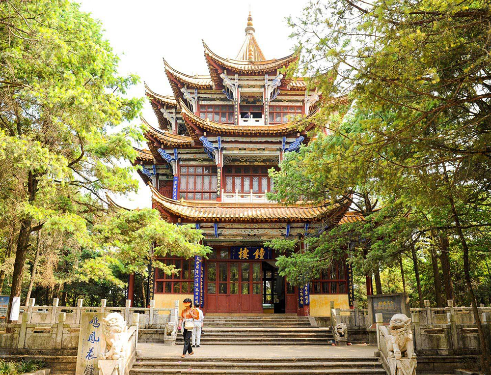 kunming-golden-temple_1-1.jpg