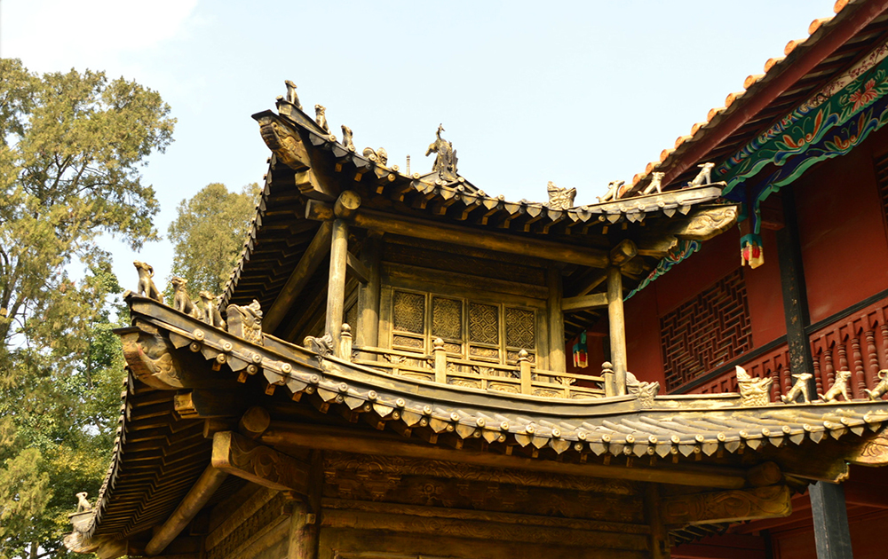 kunming-golden-temple_detail1.jpg