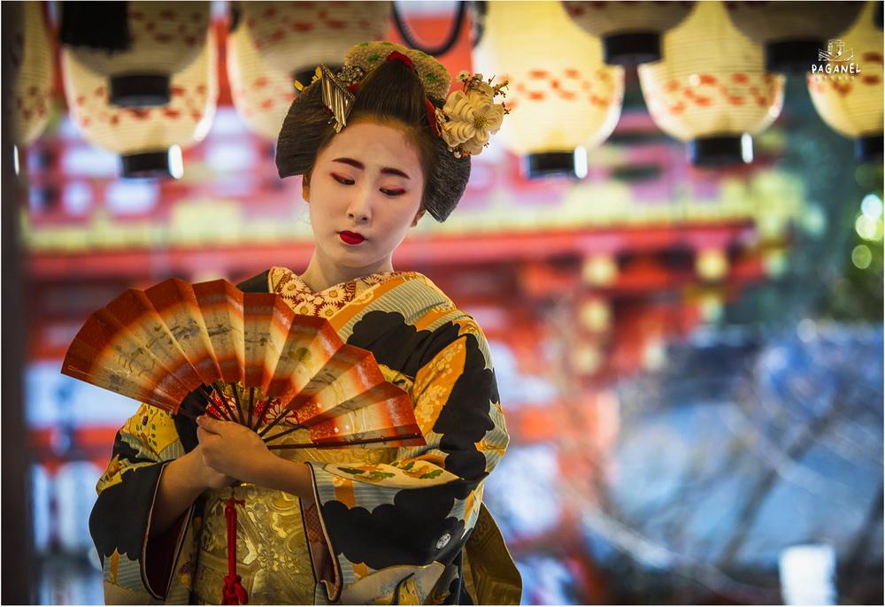 japanese seasonal tradition held - 902×663