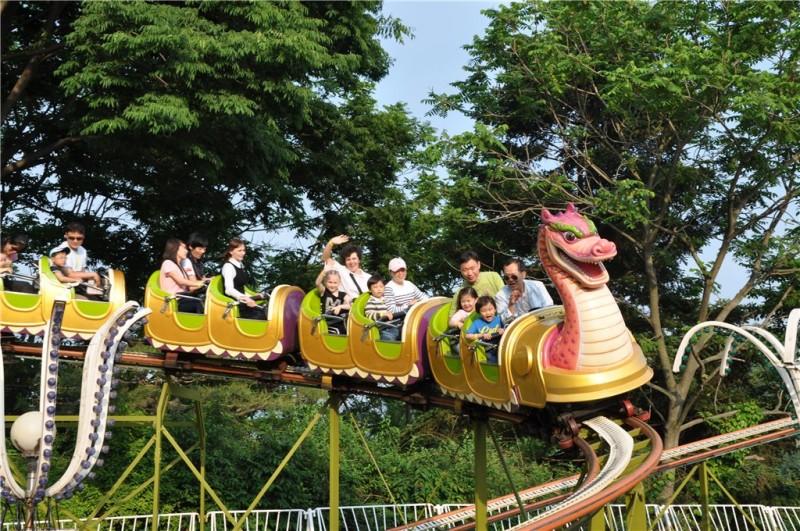 Парк развлечений эверленд, предназначен для туристов с детьми и тех, кто хочет с головой окунуться в мир сказки