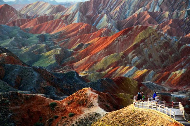 Цветные горы города Чжанъе